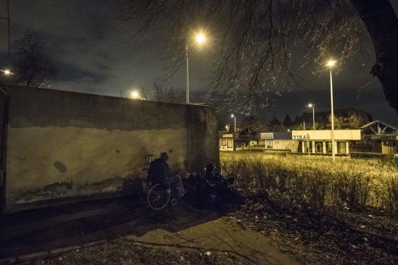 Budapest, 2017. december 6. Hajléktalan férfi Budapesten 2017. december 6-án. MTI Fotó: Mónus Márton