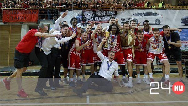 Nyolcadszor magyar bajnok a Szolnoki Olaj