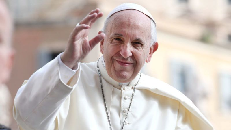 VATICAN CITY, VATICAN - JUNE 13:  Pope Francis waves to the pilgrims gathered in St. Peter's Square for the general audience on June 13, 2018 in Vatican City, Vatican. Pope Francis looked ahead to a month of top class football during his General Audience expressing his hope the FIFA World Cup Russia will favour solidarity and peace among nations.  (Photo by Franco Origlia/Getty Images)