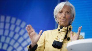 Washington, 2018. április 19. Christine Lagarde, a Nemzetközi Valutaalap vezérigazgatója a Világbank és a Nemzetközi Valutaalap (IMF) tavaszi ülésszakán az IMF washingtoni székházában 2018. április 19-én. (MTI/EPA/Shawn Thew)