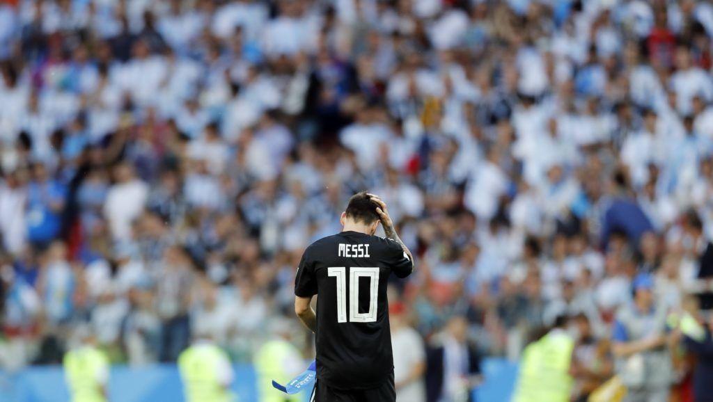 Moszkva, 2018. június 16. Az argentin Lionel Messi az oroszországi labdarúgó-világbajnokság D csoportja elsõ fordulójában játszott Argentína - Izland mérkõzés után a moszkvai Szpartak Stadionban 2018. június 16-án. A találkozó 1-1-es döntetlennel zárult. (MTI/AP/Antonio Calanni)
