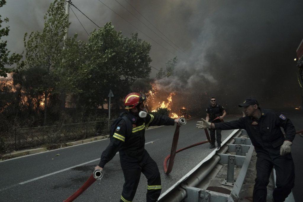 Wildfire in Penteli, Athens, on July 23, 2018. Menelaos Myrillas / SOOC