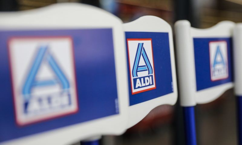 Illustration picture shows the Aldi logo on flags of the children's shopping trolleys, at the new pilot store (pilootwinkel - Magasin Pilote) of supermarket chain Aldi Belgium, in Diegem, Tuesday 27 March 2018. BELGA PHOTO THIERRY ROGE