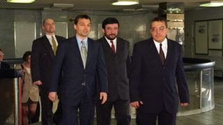 Budapest, 1999. március 8. Orbán Viktor miniszterelnök, Kántor Tibor az APEH alelnöke és Simicska Lajos az APEH elnöke (b-j) a METESZ székházban tartott APEH állománygyûlésén. MTI Fotó: Kovács Attila