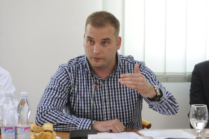 Röszke, 2016. július 18. Harangozó Tamás, az Országgyûlés honvédelmi és rendészeti bizottságának szocialista alelnöke a testület kihelyezett röszkei ülésén 2016. július 18-án. MTI Fotó: Kelemen Zoltán Gergely