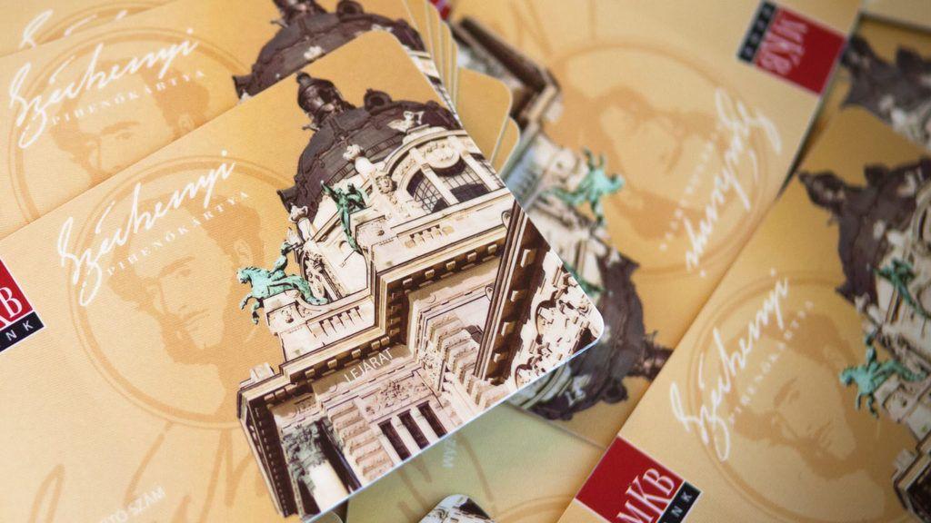 Budapest, 2012. január 27.A Magyar Kereskedelmi Bank (MKB) által kibocsájtásra kerülő Széchenyi Pihenőkártyák (SZÉP-kártya), amelyek a Pénzjegynyomdában készültek. MTI Fotó: Pénzjegynyomda
