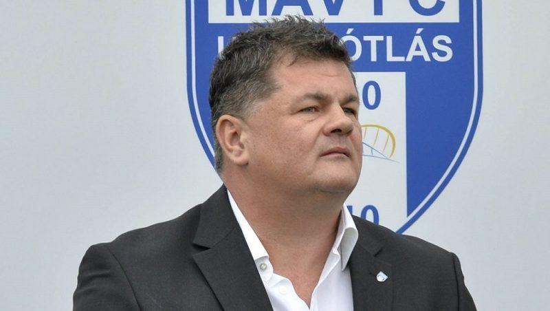 Szolnok, 2016. április 9. Nyerges Zsolt, a Szolnoki MÁV FC tulajdonosa az újjáépített Tiszaligeti Stadion megnyitóján Szolnokon 2016. április 9-én. MTI Fotó: Máthé Zoltán