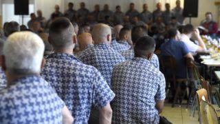Baracska, 2018. június 7. Fogvatartottak Baracskán, a Közép-dunántúli Országos Büntetés-végrehajtási Intézetben tartott imanapon 2018. június 7-én. Az országos imanapon kilenc büntetés-végrehajtási intézet közel 150 fogvatartottja vett részt. MTI Fotó: Bruzák Noémi