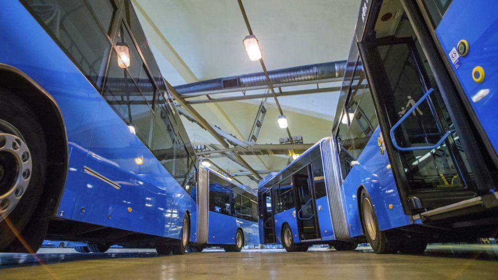 Budapest, 2018. január 19. Modulo M168 D típusú Ikarus buszok a BKV hazai gyártású metrópótló buszainak átadásán a közlekedési vállalat XI. kerületi Hamzsabégi úti telephelyén 2018. január 19-én. MTI Fotó: Balogh Zoltán