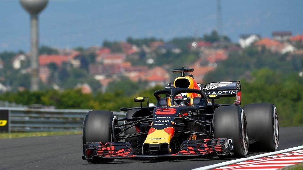 Mogyoród, 2018. július 27. Daniel Ricciardo, a Red Bull ausztrál versenyzõje a Forma-1-es Magyar Nagydíj elsõ szabadedzésén a mogyoródi Hungaroringen 2018. július 27-én. MTI Fotó: Czeglédi Zsolt