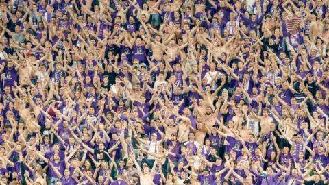 BUDAPEST, HUNGARY - MAY 23: Ultra fans of Ujpest FC celebrate the victory during the Hungarian Cup Final match between Puskas Akademia FC and Ujpest FC at Groupama Arena on May 23, 2018 in Budapest, Hungary. (Photo by Laszlo Szirtesi/Getty Images)