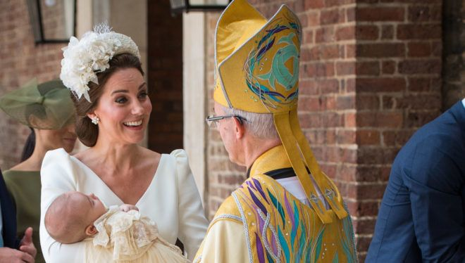 LONDON, ENGLAND - JULY 09: Catherine Duchess of Cambridge speaks to Archbishop of Canterbury Justin Welby as she arrives carrying Prince Louis for his christening service at the Chapel Royal, St James's Palace on July 09, 2018 in London, England. (Photo by Dominic Lipinski - WPA Pool/Getty Images)