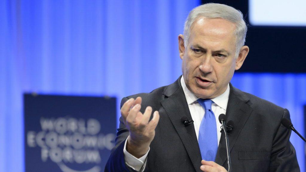 Davos, 2014. január 23. Benjámin Netanjahu izraeli miniszterelnök felszólal a 44. Világgazdasági Fórumon a svájci Davosban 2014. január 23-án. (MTI/EPA/Laurent Gillieron)