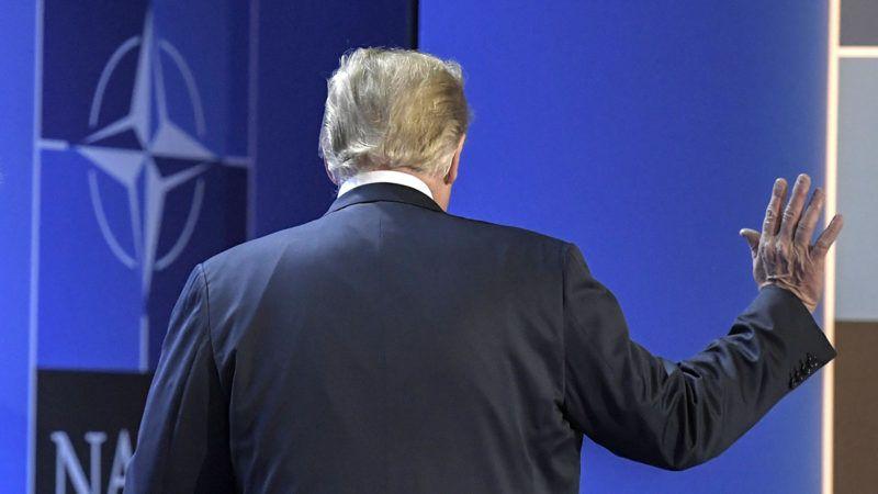 Brüsszel, 2018. július 12.Donald Trump amerikai elnök távozik sajtóértekezlete után a NATO kétnapos brüsszeli csúcsértekezletének második napján, 2018. július 12-én. (MTI/EPA/Christian Bruna)