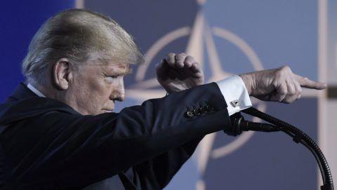 Brüsszel, 2018. július 12. Donald Trump amerikai elnök sajtóértekezletet tart a NATO kétnapos brüsszeli csúcsértekezletének második napján, 2018. július 12-én. (MTI/EPA/Christian Bruna)