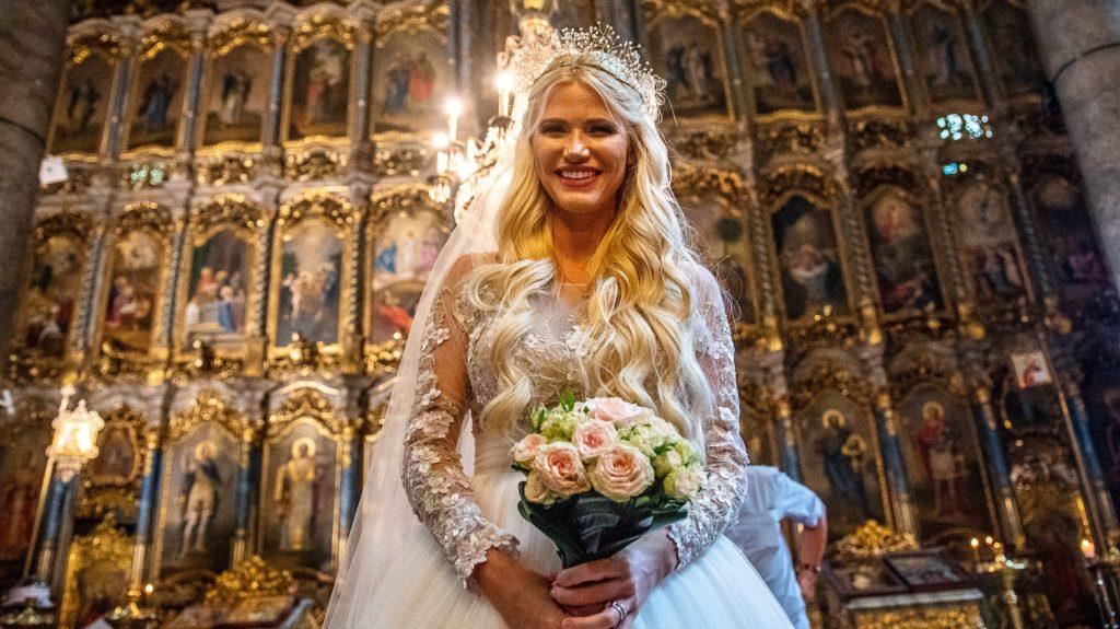 17fdcd5053 Vasvári Vivien megmutatta az esküvői videóját | 24.hu