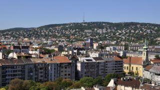 Budapest, 2017. augusztus 8. Buda látképe a Budai Várnegyedbõl fotózva.  MTVA/Bizományosi: Balaton József  *************************** Kedves Felhasználó! Ez a fotó nem a Duna Médiaszolgáltató Zrt./MTI által készített és kiadott fényképfelvétel, így harmadik személy által támasztott bárminemû – különösen szerzõi jogi, szomszédos jogi és személyiségi jogi – igényért a fotó készítõje közvetlenül maga áll helyt, az MTVA felelõssége e körben kizárt.