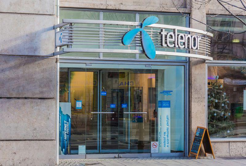 Budapest, 2018. január 4.Telenor Magyarország Zrt. üzlete a Károly körút 3/a sz. alatt. A Telenor Magyarország második legnagyobb mobilszolgáltatója. A norvég Telenor Csoport 100%-os tulajdonában álló cég 1994-ben lépett a magyar piacra.MTVA/Bizományosi: Faludi Imre ***************************Kedves Felhasználó!Ez a fotó nem a Duna Médiaszolgáltató Zrt./MTI által készített és kiadott fényképfelvétel, így harmadik személy által támasztott bárminemű – különösen szerzői jogi, szomszédos jogi és személyiségi jogi – igényért a fotó készítője közvetlenül maga áll helyt, az MTVA felelőssége e körben kizárt.