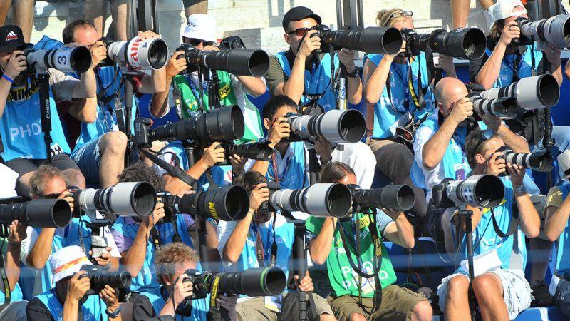 Róma, 2009. július 26.Fotósok dolgoznak a római úszó, műúszó, műugró, hosszútávúszó és vízilabda-világbajnokságon.MTI Fotó: Illyés Tibor