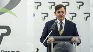 Visonta, 2017. április 24. Mészáros Lõrinc, a Visonta Projekt Kft. tulajdonosa beszédet mond a cég búzafeldolgozó üzemének alapkõletételén Visontán 2017. április 24-én. Magyarország egyetlen búzakeményítõ gyára épül meg Visontán 93 millió eurós beruházásban, a 33 ezer négyzetméteren épülõ üzem 250 munkahelyet teremt, és további 500 beszállítónak ad munkát 2018 végére. MTI Fotó: Komka Péter