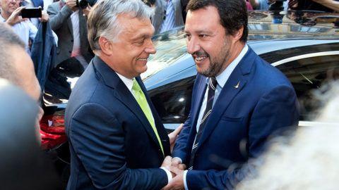 Milánó, 2018. augusztus 28.Matteo Salvini olasz belügyminiszter (j) fogadja Orbán Viktor miniszterelnököt a milánói városházán 2018. augusztus 28-án.MTI Fotó: Koszticsák Szilárd