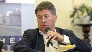 Budapest, 2018. június 21. Prõhle Gergely, a Petõfi Irodalmi Múzeum fõigazgatója az Örökség Kultúrpolitikai Intézet kerekasztal-beszélgetésén, amelyet a 2010 utáni Orbán-kormányok kultúrpolitikájáról tartottak a múzeumban 2018. június 21-én. MTI Fotó: Soós Lajos