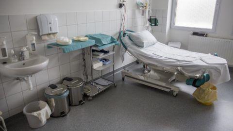 Hódmezõvásárhely, 2018. március 24. Szülõszoba a hódmezõvásárhelyi kórházban 2018. március 24-én. MTI Fotó: Rosta Tibor