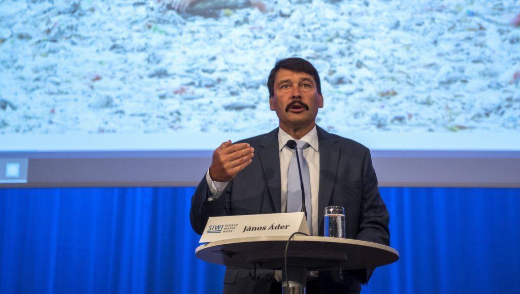 Stockholm, 2018. augusztus 29. Áder János köztársasági elnök nyitó elõadást tart a Stockholmi Víz Világhét keretében rendezett pénzügyi kerekasztal-beszélgetésen a Norra Latin konferenciaközpontban 2018. augusztus 29-én. MTI Fotó: Szigetváry Zsolt