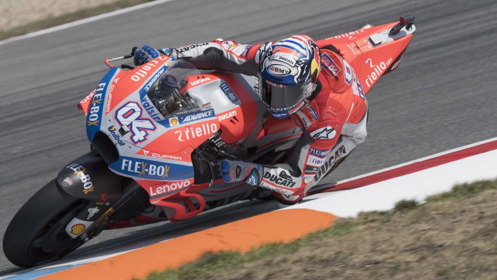BRNO, CZECH REPUBLIC - AUGUST 04:  Andrea Dovizioso of Italy and Ducati Team rounds the bend during the MotoGp of Czech Republic - Qualifying at Brno Circuit on August 4, 2018 in Brno, Czech Republic.  (Photo by Mirco Lazzari gp/Getty Images)