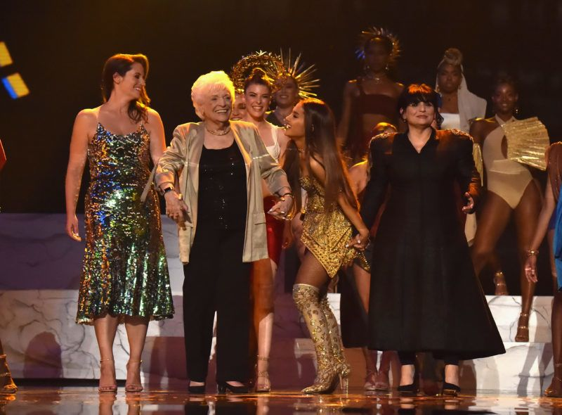NEW YORK, NY - AUGUST 20:  Ariana Grande  performs onstage and brings family onstage during the 2018 MTV Video Music Awards at Radio City Music Hall on August 20, 2018 in New York City.  (Photo by Kevin Mazur/WireImage)