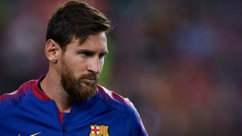 BARCELONA, SPAIN - AUGUST 18:  Lionel Messi of Barcelona looks on prior during the La Liga match between FC Barcelona and Deportivo Alaves at Camp Nou on August 18, 2018 in Barcelona, Spain.  (Photo by Quality Sport Images/Getty Images)