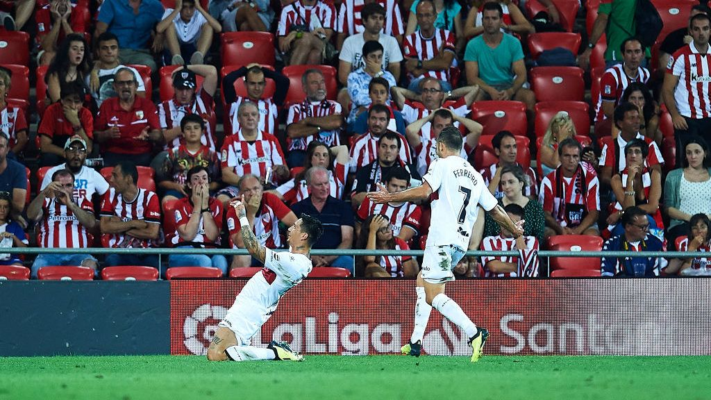 BILBAO, SPAIN - AUGUST 27:  Luis Ezequiel Avila 'Chimy'  of SD Huesca celebrates after scoring during the La Liga match between Athletic Club and SD Huesca at San Mames Stadium on August 27, 2018 in Bilbao, Spain.  (Photo by Juan Manuel Serrano Arce/Getty Images)