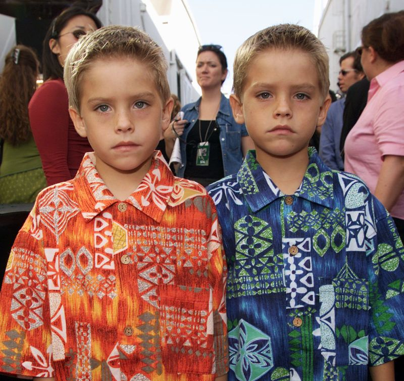 Cole and Dylan Sprouse at the MTV Movie Awards 2000 at Sony Pictures Studio in Culver City, CA on June 3, 2000   (Photo by Frank Micelotta/ImageDirect)