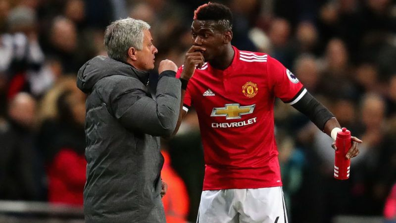 LONDON, ENGLAND - JANUARY 31:  Paul Pogba of Manchester United talks with Jose Mourinho, Manager of Manchester United on the sidelines during the Premier League match between Tottenham Hotspur and Manchester United at Wembley Stadium on January 31, 2018 in London, England.  (Photo by Chris Brunskill Ltd/Getty Images)