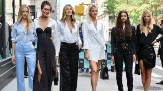 August 22, 2018 - New York City, New York, USA - 8/22/18. Shanina Shaik, Devon Windsore, Caroline Lowe, Hannah Ferguson, Nadine Leopold and Ping Hue are seen in New York City.  Victoria 's Secret models  Victoria's Secret Models