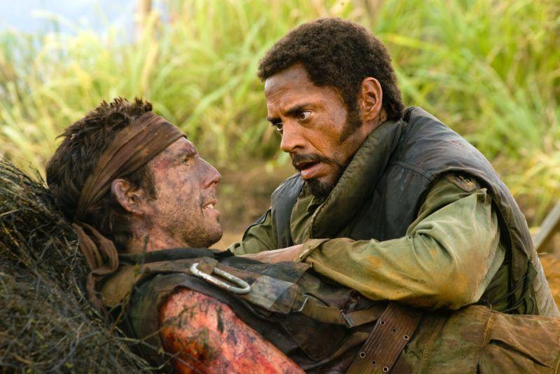 Tonnerre sous les tropiques  Tropic Thunder   Year  2008 - USA  Ben Stiller, Robert Downey Jr.   Director : Ben Stiller