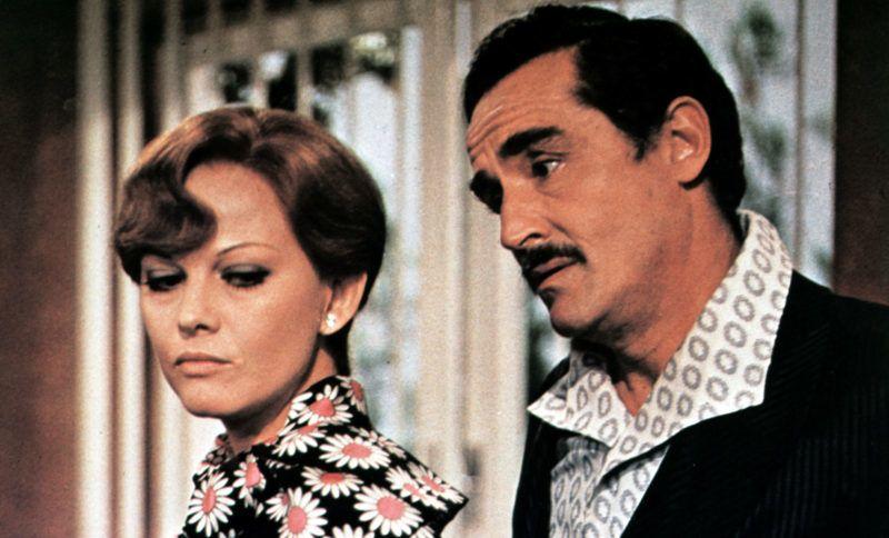 Histoire d'aimer  A mezzanotte va la ronda del piacere   Year: 1975 - italy  Claudia Cardinale, Vittorio Gassman   Director: Marcello Fondato