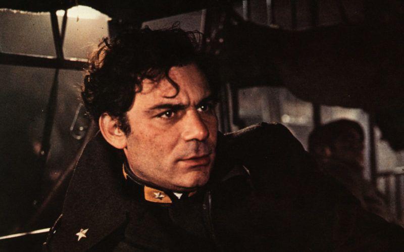 Uomini contro  Year: 1970 - Italy / Yugoslavia Gian Maria Volontè  Director: Francesco Rosi