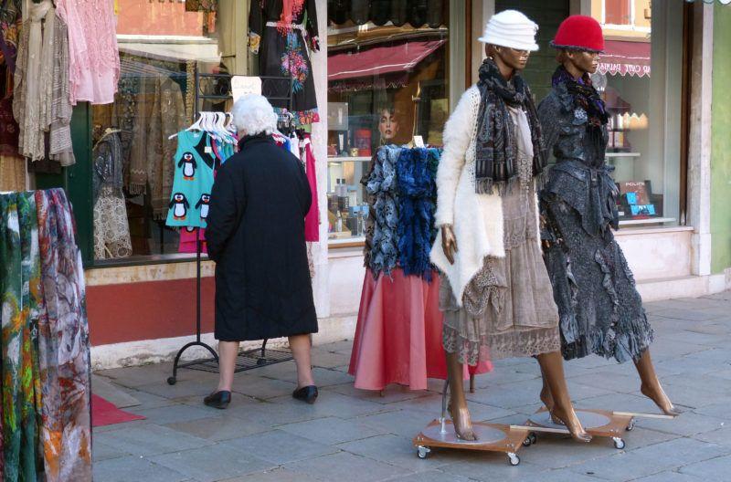 2585529 03/03/2015 A clothes shop in Burano, an island of Venice. Vladimir Vyatkin/Sputnik