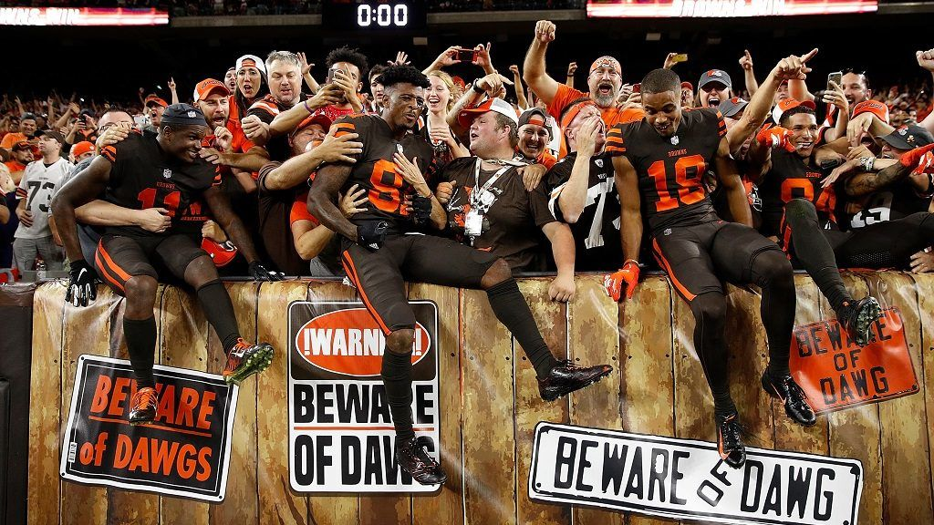 CLEVELAND, OH - SEPTEMBER 20: Antonio Callaway #11, Rashard Higgins #81 and Damion Ratley #18 of the Cleveland Browns celebrate with fans after a 21-17 win over the New York Jets at FirstEnergy Stadium on September 20, 2018 in Cleveland, Ohio.   Joe Robbins/Getty Images/AFP