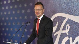Budapest, 2018. szeptember 14. Szijjártó Péter külgazdaság és külügyminiszter beszédet mond az amerikai Ford új regionális szolgáltató központjának átadási ünnepségén a fõvárosi Váci Greens Irodaházban 2018. szeptember 14-én. Az új centrummal a Ford legnagyobb európai adminisztratív központja Magyarországon jön létre, ahol több, Európa összes piacát kiszolgáló árazási és gyártástervezési funkció mellett innen látják majd el az autóipari vállalat európai, közel-keleti és afrikai országainak HR-feladatait. MTI Fotó: Illyés Tibor