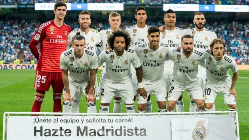 MADRID, SPAIN - SEPTEMBER 01: Players of Real Madrid line up and pose for a photo prior to the La Liga match between Real Madrid CF and CD Leganes at Estadio Santiago Bernabeu on September 1, 2018 in Madrid, Spain. (Photo by Power Sport Images/Getty Images)
