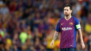 BARCELONA, SPAIN - SEPTEMBER 18: Lionel Messi of FC Barcelona during the UEFA Champions League  match between FC Barcelona v PSV at the Camp Nou on September 18, 2018 in Barcelona Spain (Photo by Aaron van Zandvoort/Soccrates/Getty Images)