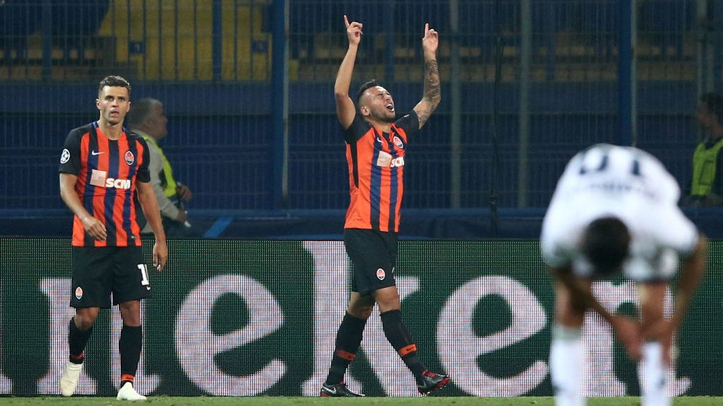 DONETSK, UKRAINE - SEPTEMBER 19: Maycon of Shakhtar Donetsk celebrates after scoring his team's second goal during the Group F match of the UEFA Champions League between FC Shakhtar Donetsk and TSG 1899 Hoffenheim at Donbass Arena on September 19, 2018 in Donetsk, Ukraine.  (Photo by Joosep Martinson/Getty Images)