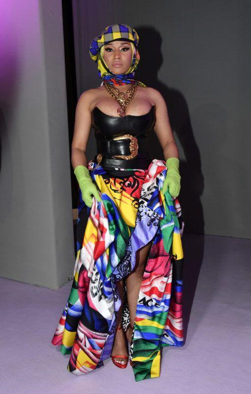 MILAN, ITALY - SEPTEMBER 21:  Nicki Minaj arrives at the Versace show during Milan Fashion Week Spring/Summer 2019 on September 21, 2018 in Milan, Italy.  (Photo by Jacopo Raule/Getty Images)
