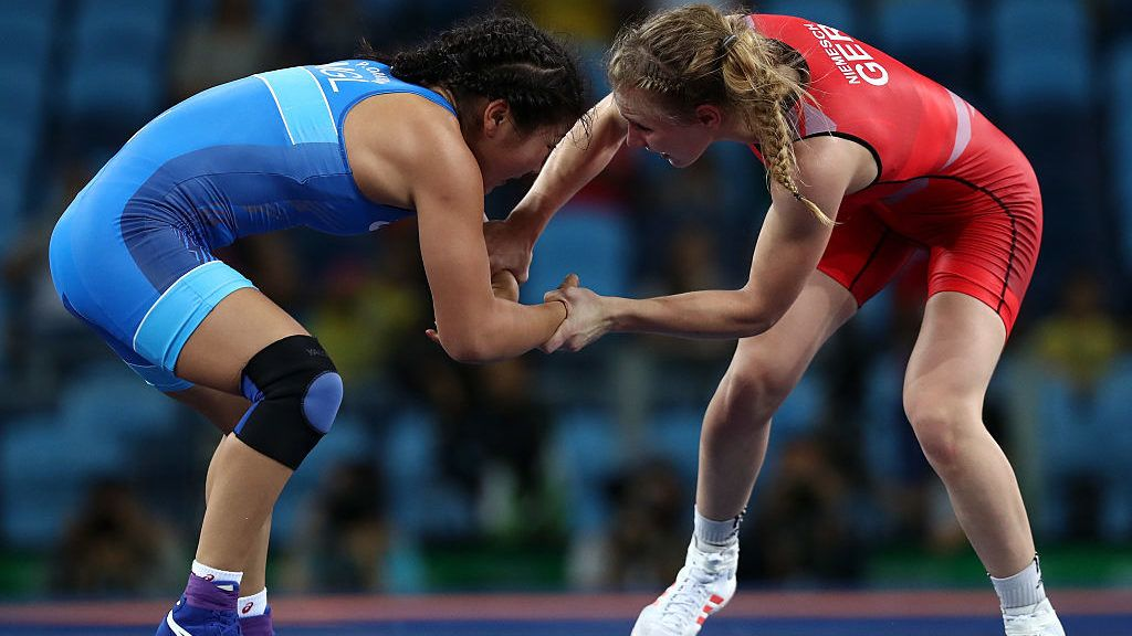 RIO DE JANEIRO, BRAZIL - AUGUST 17:  Orkhon Purevdorj (L) of Mongolia competes against Luisa Helga Gerda Niemesch of Germany during a Women's Freestyle 58kg Repechage Round 1 bout on Day 12 of the Rio 2016 Olympic Games at Caioca Arena 2 on August 17, 2016 in Rio de Janeiro, Brazil.  (Photo by Lars Baron/Getty Images)