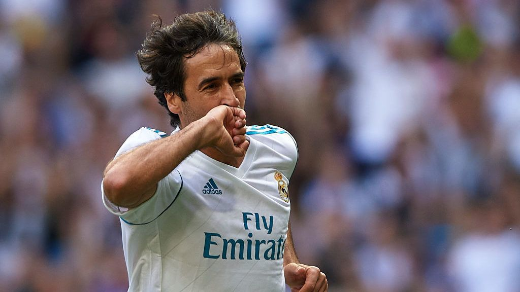 MADRID, SPAIN - JUNE 03:  Raul Gonzalez Blanco of Real Madrid Legends celebrates scoring his team's first goal during the Corazon Classic match between Real Madrid Legends and Asenal Legends at Estadio Santiago Bernabeu on June 3, 2018 in Madrid, Spain.  (Photo by Quality Sport Images/Getty Images)