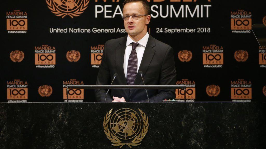 New York, 2018. szeptember 24. Szijjártó Péter külgazdasági és külügyminiszter beszél a Nelson Mandela Békecsúcson az ENSZ New York-i székházában 2018. szeptember 24-én, egy nappal az ENSZ-közgyûlés 73. ülésszaka elõtt. (MTI//AP/Jason DeCrow)