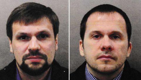 London, 2018. szeptember 5. A londoni rendõrség által közreadott dátumozatlan képek Ruszlan Bosirov (b) és Alekszandr Petrov orosz állampolgárokról. A brit vádhatóság 2018. szeptember 5-én bejelentette, hogy távollétében vádat emelt Bosirov és Petrov ellen Szergej Szkripal, a brit külsõ hírszerzés, az MI6 volt orosz kettõs ügynöke és lánya, Julija megmérgezésének ügyében. Õket egy salysburyi bevásárlóközpontnál támadták meg 2018. március 4-én a Novicsok katonai idegméreggel. (MTI/EPA/Londoni rendõrség)