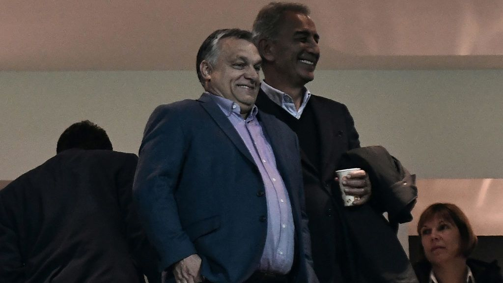 Hungarian Prime Minister Viktor Orban (C) looks on during the UEFA Europa League Group L first-leg football match between Paok Thessaloniki and Vidi at Toumba stadium in Thessaloniki on October 25, 2018. (Photo by Sakis MITROLIDIS / AFP)